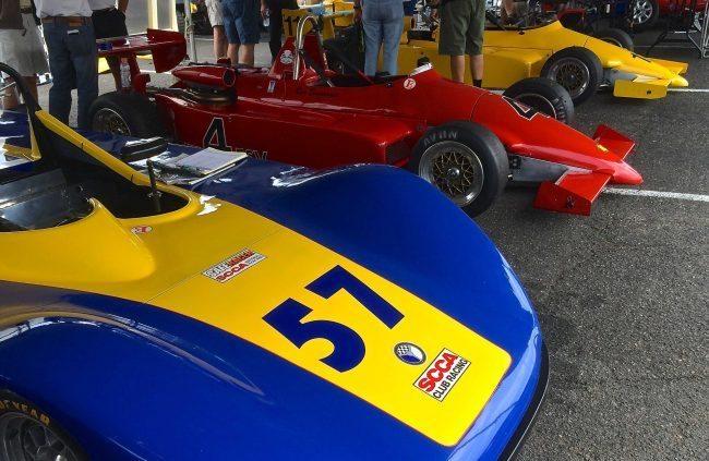 tommy-race-3-pits