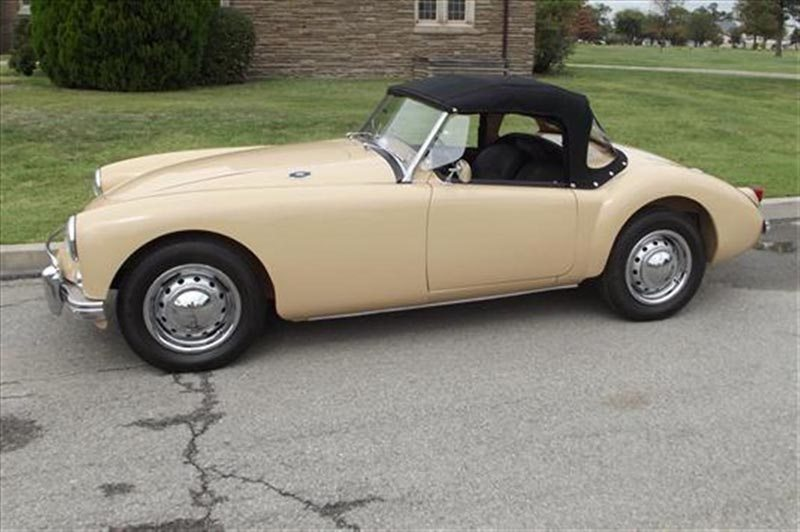 1957 MG MGA Roadster Roof Up